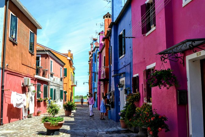 Murano & Burano Islands Half Day Guided Tour by Private Boat photo 8
