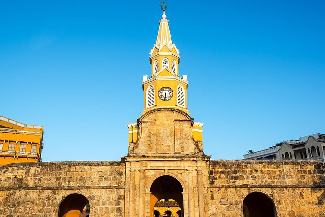 Republican Architecture Tour in Cartagena: Behind the History