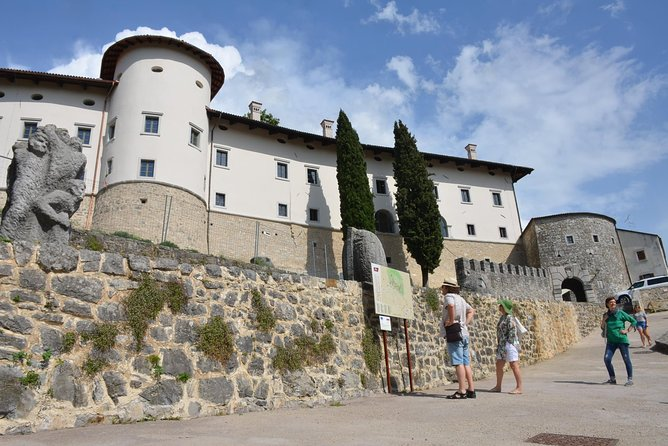 Stanjel castle wine and prosciutto tasting gourmet lunch 6 courses from Portoroz
