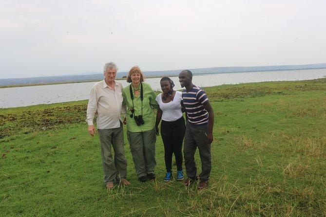 7-Day Gorillas, Chimpanzees and Tree Climbing Lions Tour in Uganda