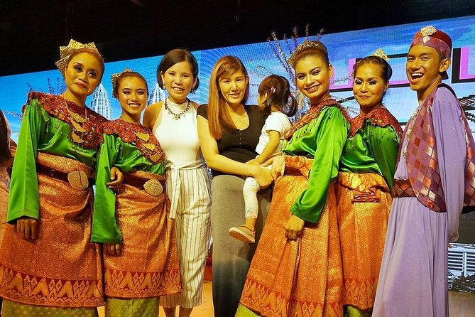 Kuala Lumpur Cultural Night Show with Buffet Dinner & Traditional Dance