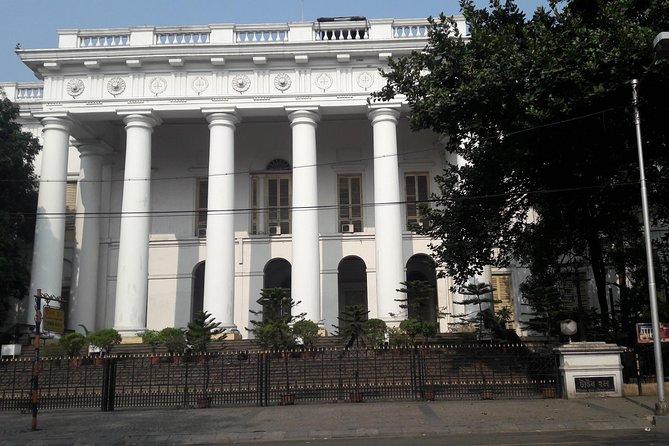 Walk and Explore Heritage Kolkata - The Colonial Capital of India.