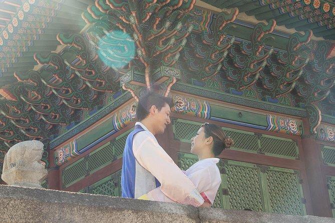 Gyeongbokgung Hanbok Photo Shoot