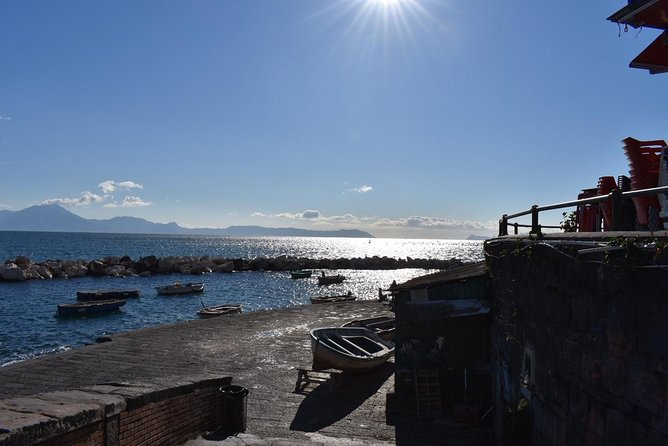 Seaside Naples Food Tour with Marina Promenade & Visit of Castel dell'Ovo photo 6
