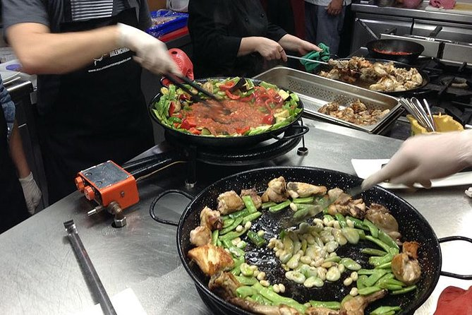 Panoramic City Tour of Valencia with Paella Cooking Class