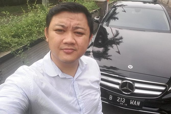 VIP Private Tour Jakarta With Mercedes Benz Class