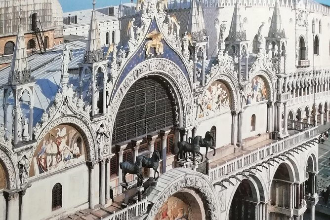 The Golden Basilica Tour. The Basilica in Saint Mark's Square in Venice. photo 7