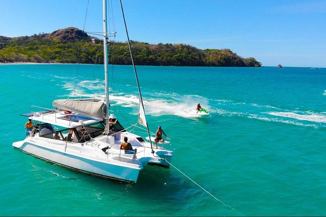 Dream Chaser The Fun Catamaran in Tamarindo (All inclusive)