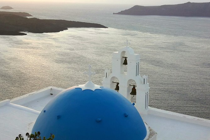 Santorini Top 5 Destinations: Private Sightseeing Tour with Wine Tasting!