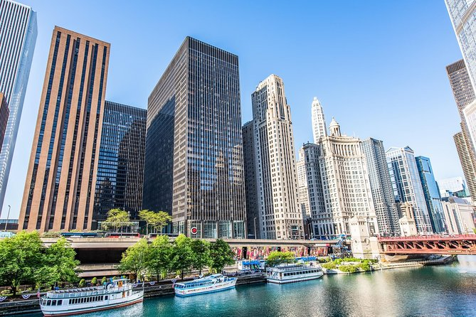 Chicago Walking Tour: A Walk Through Time