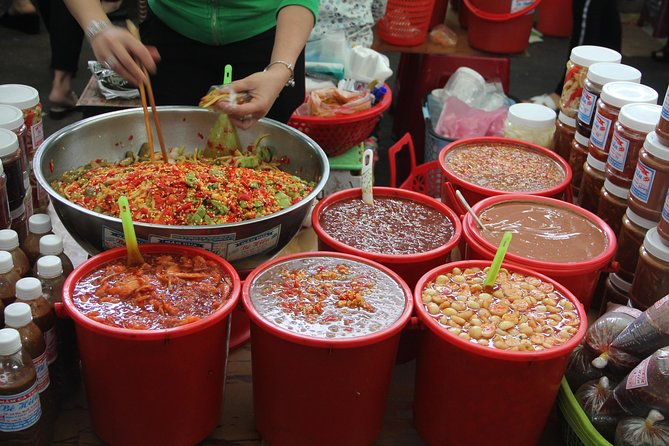 Small-Group Da Nang Food Tour with a Real Foodie - Travelling by U.S. Army Jeep photo 15
