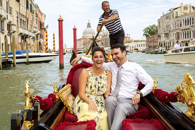 Venice Combo: Walking & Gondola Ride Tour