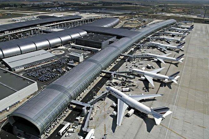 Private transfer between Disneyland Paris and CDG airport