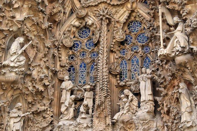 Sagrada Familia Skip-the-Line Private Tour with Guide