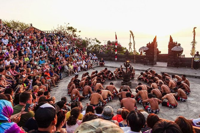Private Half Day Tour-Uluwatu Kecak Dance And Romantic Seafood Dinner