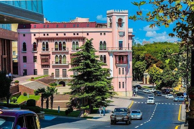 Baku City Sightseeing Walking Tour