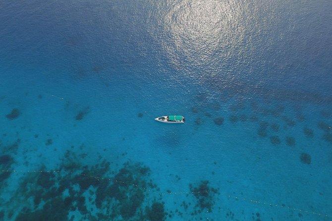 Ganztägige private Phi Phi Inseln mit dem Charter-Schnellboot