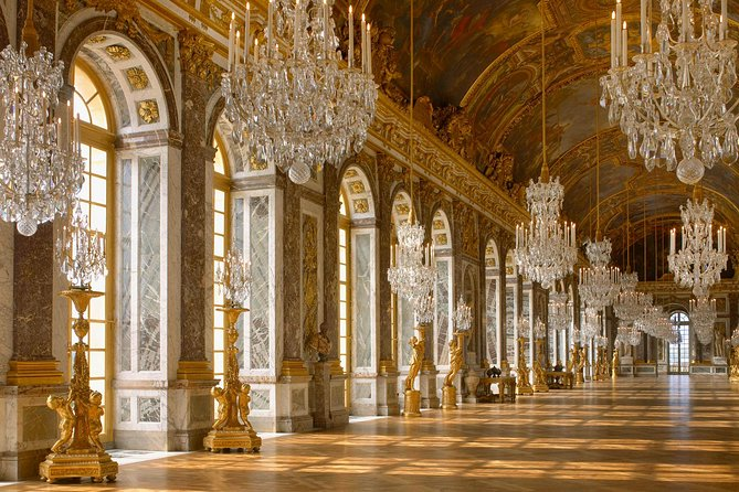 Skip The Line: Palace of Versailles and Gardens from Central Paris