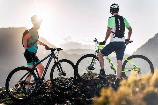 E-Bike or Mountain Bike Tour : Tapas Tasting in an Aboriginal Cave : 4 Hours