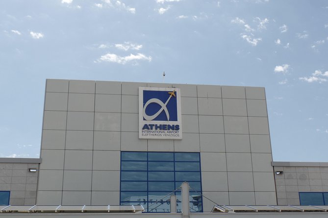 Athens airport to Piraeus port/ hotels (Taxi, 1-3 passengers)