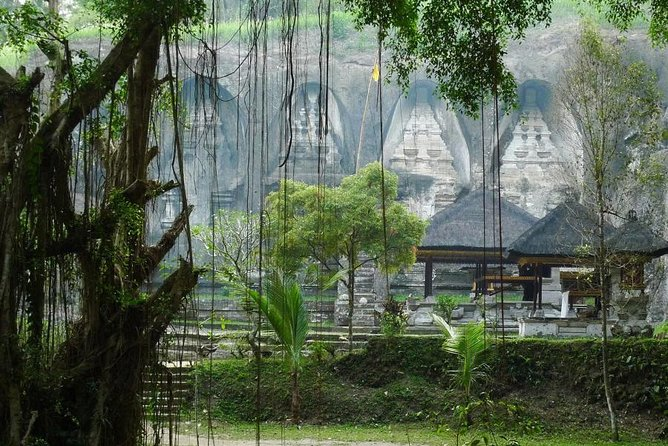 The Temples and The Natural Hot Spring Tour