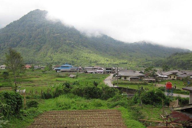 Medan Tour to Berastagi Highlands and Waterfall