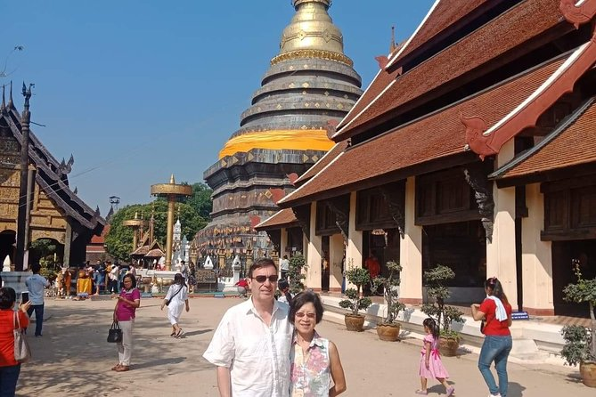 Private Temples Tour in Lampang and Lamphun photo 6