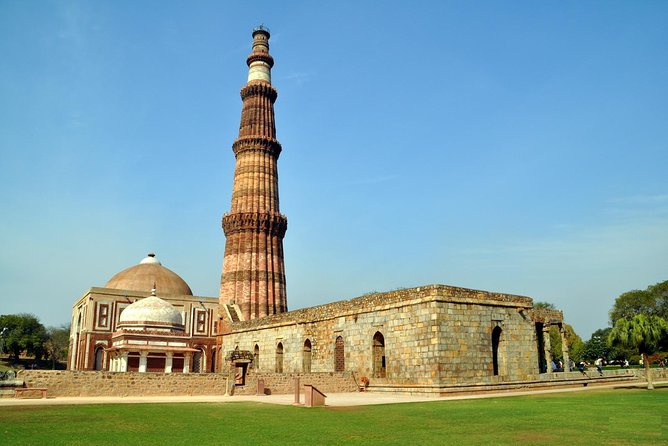 Delhi Sightseeing, Visit Delhi with personal Car & Driver