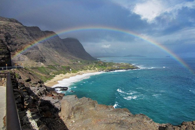 Custom Island Tour - for 6 to 11 people - up to 8 hours - Private tour of Oahu