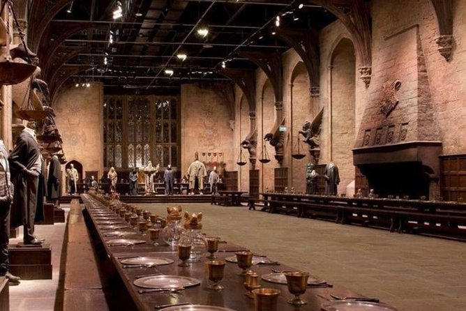 Warner Bros. Studio Tour London - The Making of Harry Potter and Oxford Day Trip