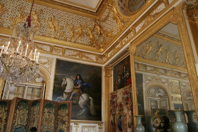 Versailles Palace and Gardens Tour with Gourmet Lunch by Chef Ducasse