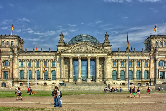 Best of Berlin with a licensed Guide