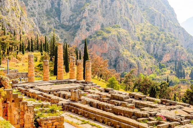 Amazing Delphi Full Day Private Tour - Visit the Navel of Earth