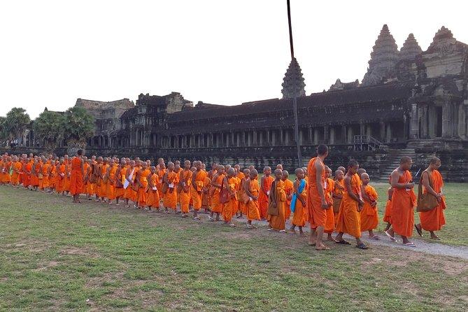ViP Sunrise Full Day Angkor Wat tour