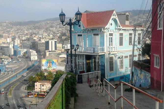 Full day Valparaiso private tour and Wine tasting