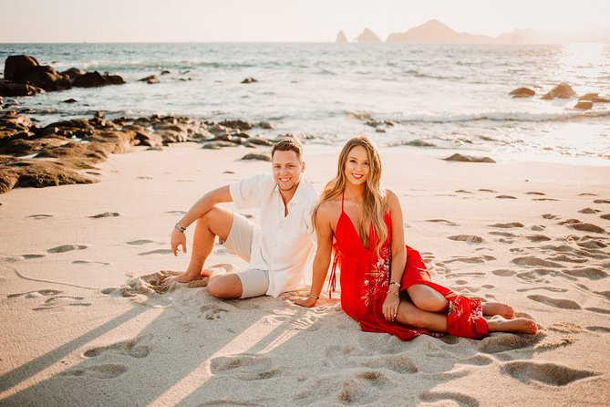 120 Minute Private Vacation Photography Session with Local Photographer in Cabo San Lucas