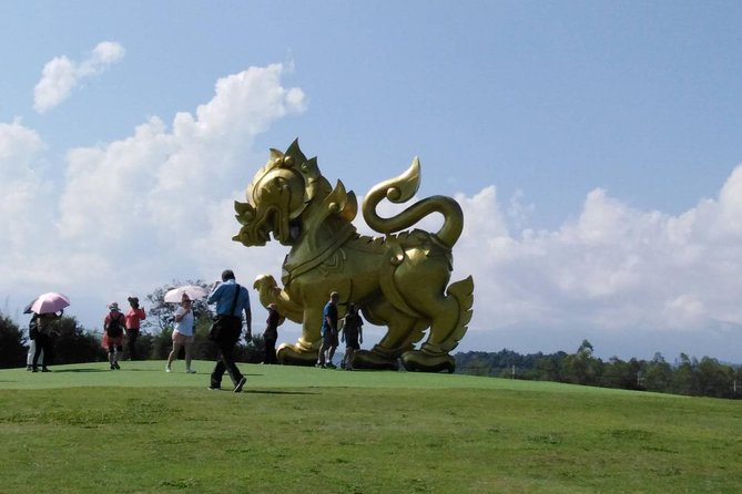 1 Day Trip White Temple - Tea Plantation - Longneck - Cruise to Laos Market photo 3
