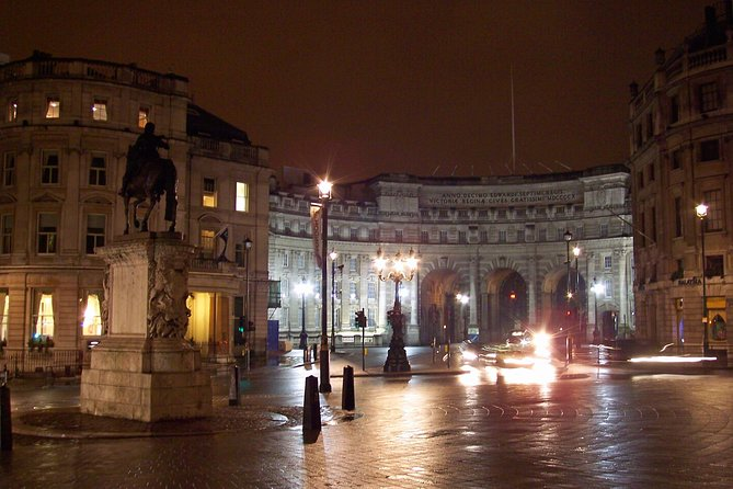 A Night In London With A Local: Private & Personalized