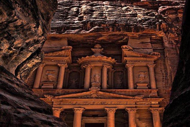 Petra Tour Treasure Discovery