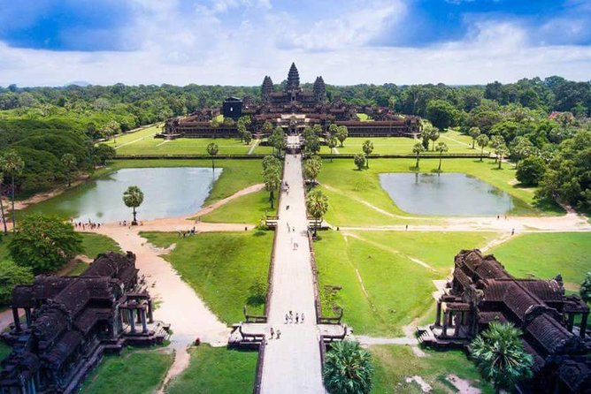 Angkor wat temple view
