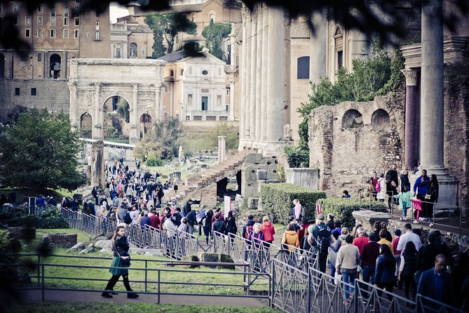 Hop On Hop Off 24 Hours and Colosseum, Roman Forum and Palatine Hill photo 8