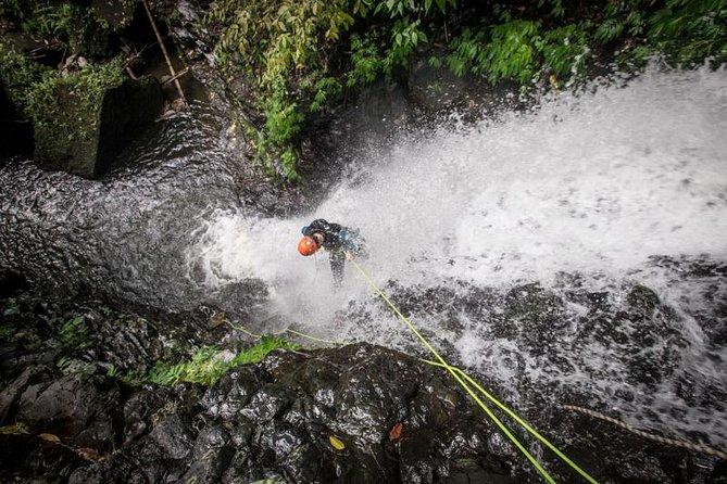 High Vertical Canyoning Trip: Anahata Canyon