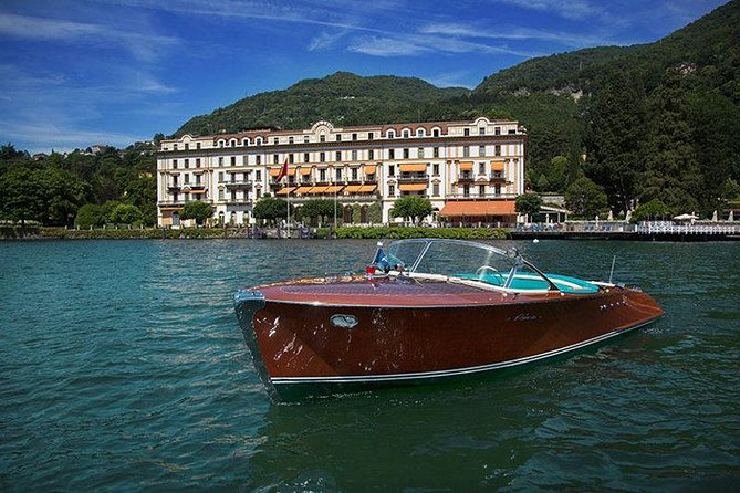 Cadenazzi Wooden Speedboat Private tour on Como Lake