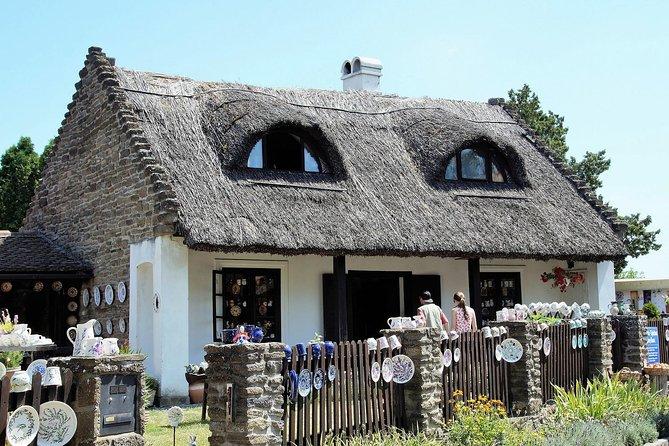 Private Guided Balaton Area Tour: Hévíz, Keszthely, Badacsony