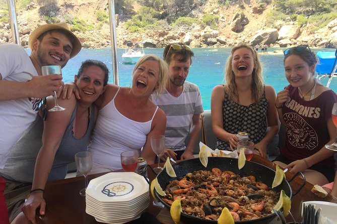The sailing experience for connoisseurs, culinary boat tour around Mallorca