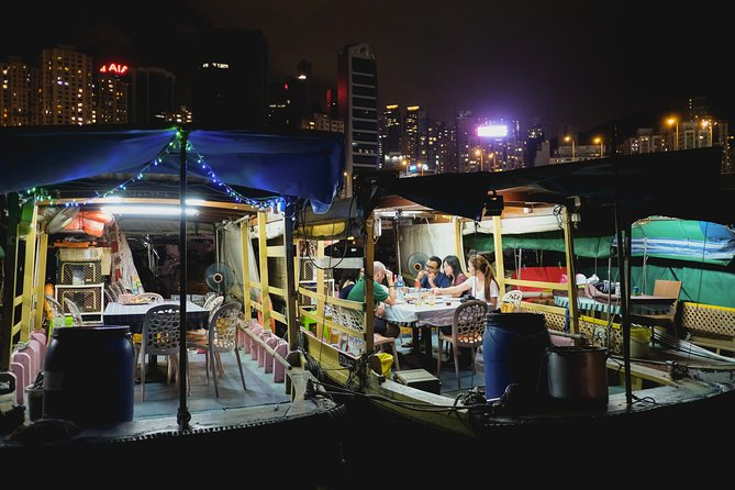 Seafood Dining Experience on a Sampan Boat in Hong Kong