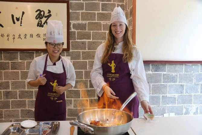 Highlight of Chengdu Private Day Trip: Chengdu Panda Base and Cooking Class in Sichuan Cuisine Museum photo 2