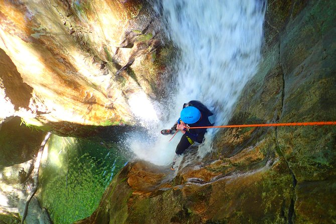 Canyoning Ecouges 50 minutes from LYON Vercors