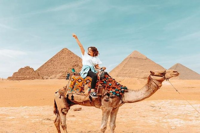 Private Full Day Guided Tour: Giza Pyramids and Egyptian Museum with Camel Ride and Lunch photo 3
