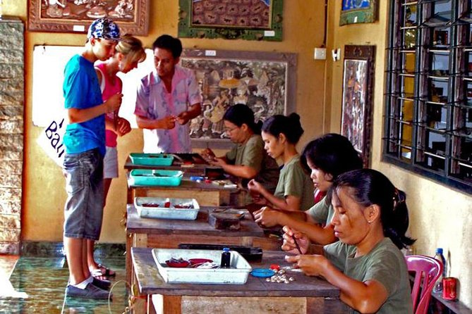 Private - Bali Bird Park with Painting and Silver Village photo 3